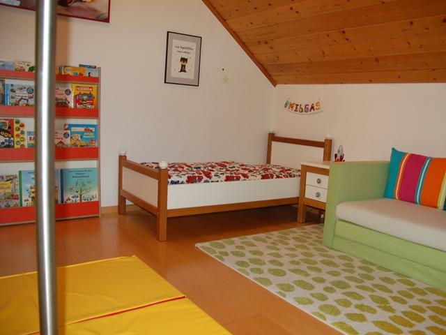 Kinderzimmer – Kinderparadies mit Kletterwand