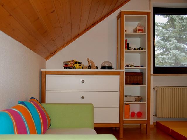 Kinderzimmer – eingepasste Kindermöbel